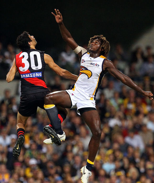 strength training australian rules football improve vertical leap functional exercises fucntional strength training vertical leap ruck jump australian rules football