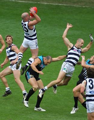 autralian football vertical leap jump strength squat step ups